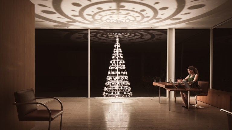 Making the Christmas Tree Modern in 2020