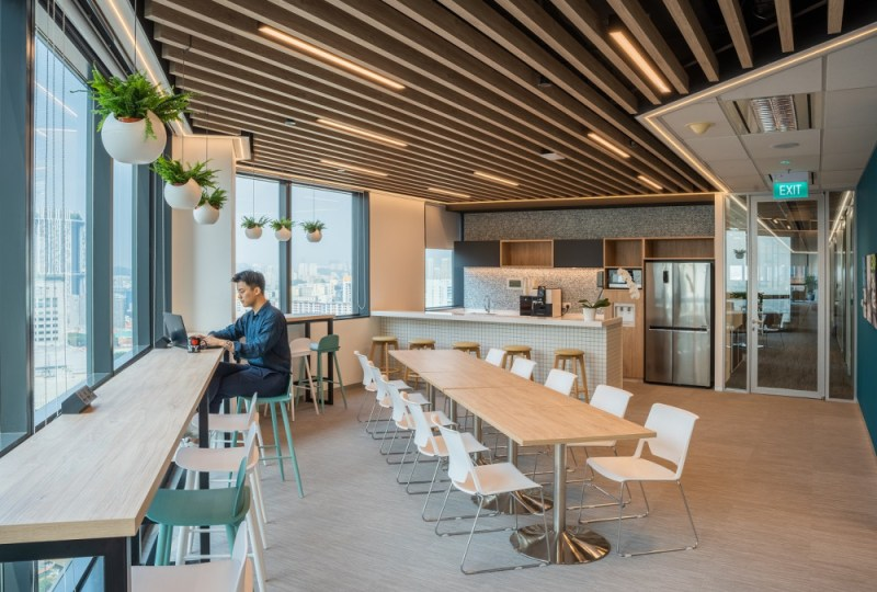 Forrester Singapore open pantry area doubles up at a flexible workplace in this innovative office design