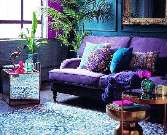 Flaunt Your Elegance With Peacock Themed Home Décor