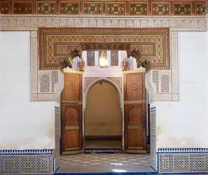 Set Up the Palatial Ambiance in Your Home with Moroccan Style Interior Design