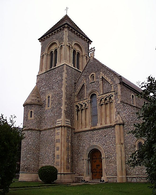 stjohns_church_front_lge
