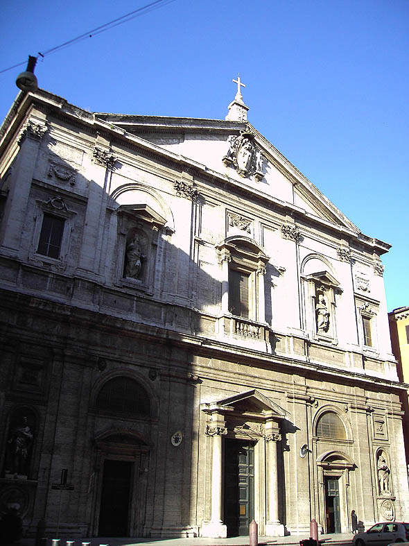 santa_maria_churches_lge