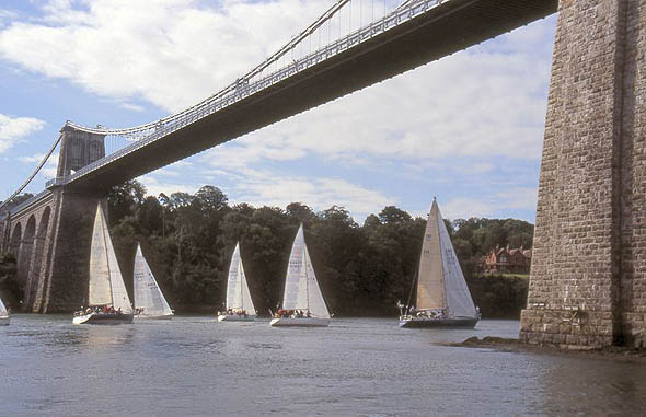 menai_suspension_bridge_lge.jpg
