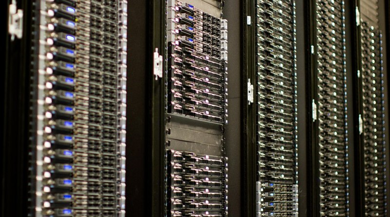 servidor, centro de datos - granja de servidores