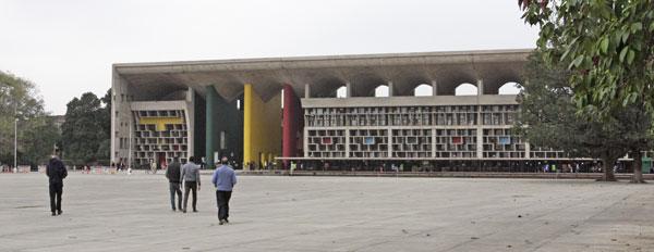 チャンディーガル 高等裁判所