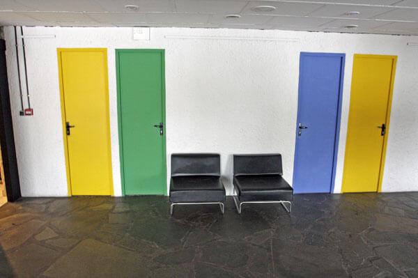 文化の家の内部(文化会館/Maison de la culture):フィルミニのル・コルビュジエ建築群(フランス)
