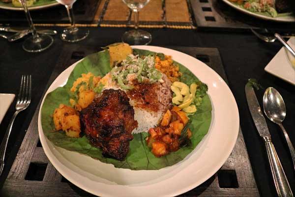 Heritance Kandalama(Sri Lanka)KALUDIYA restaurant , rice & curry