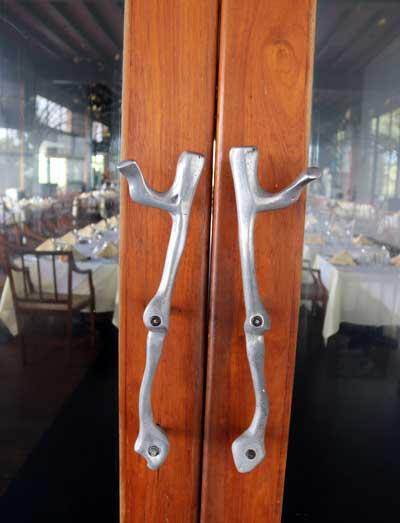 ジェフリーバワ ヘリタンスカンダラマ レストラン ドアの取っ手