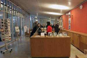 ロンシャンの礼拝堂・ビジターセンター| レンゾ・ピアノ設計| フランス