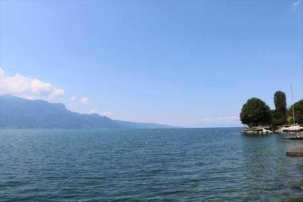 レマン湖畔の小さな家(湖の家)からの景色/コルビュジェ建築/スイス