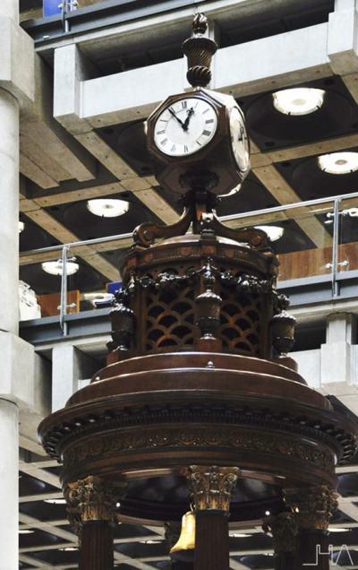 lloyds-building-london-rogers-lutine-bell
