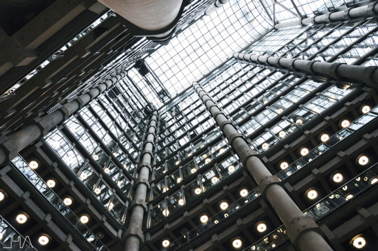 lloyds-building-london-rogers-room-up