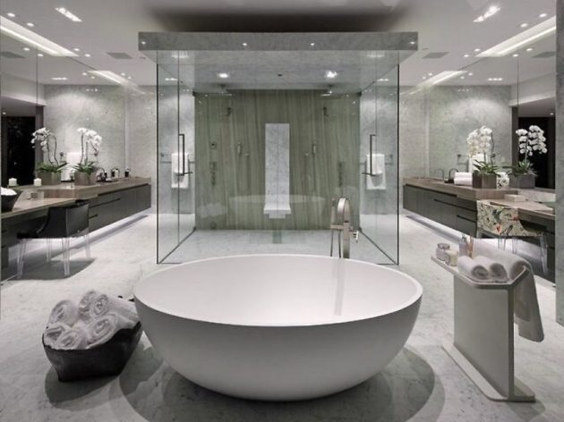 10 Extravagant Bathrooms Which Are Synonym For Luxury