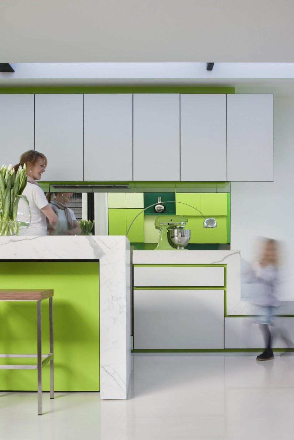 Small Minimalist Home With Creative Design Architecture Beast