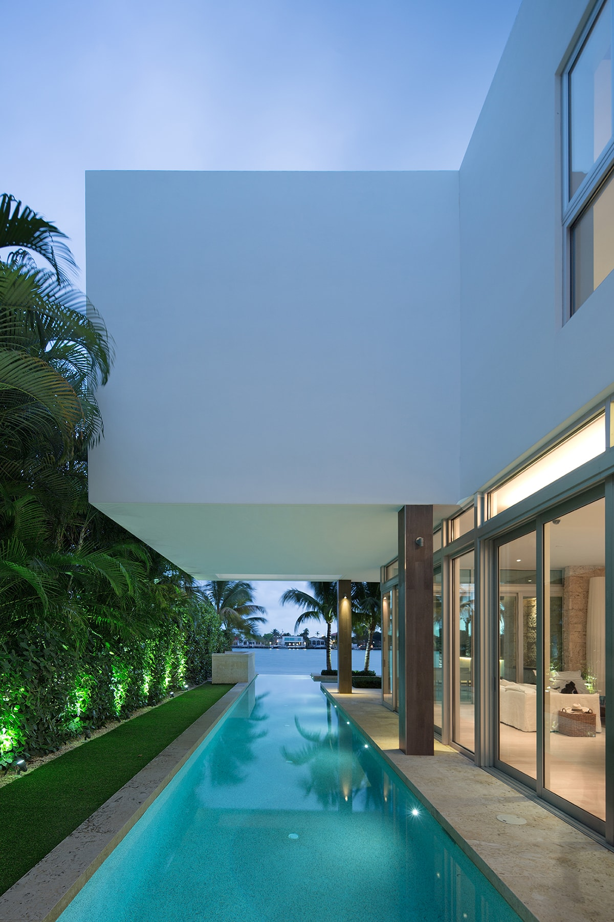 Amazing Houses: Living Modern With Style - Architecture Beast on Amazing Modern Houses  id=80127
