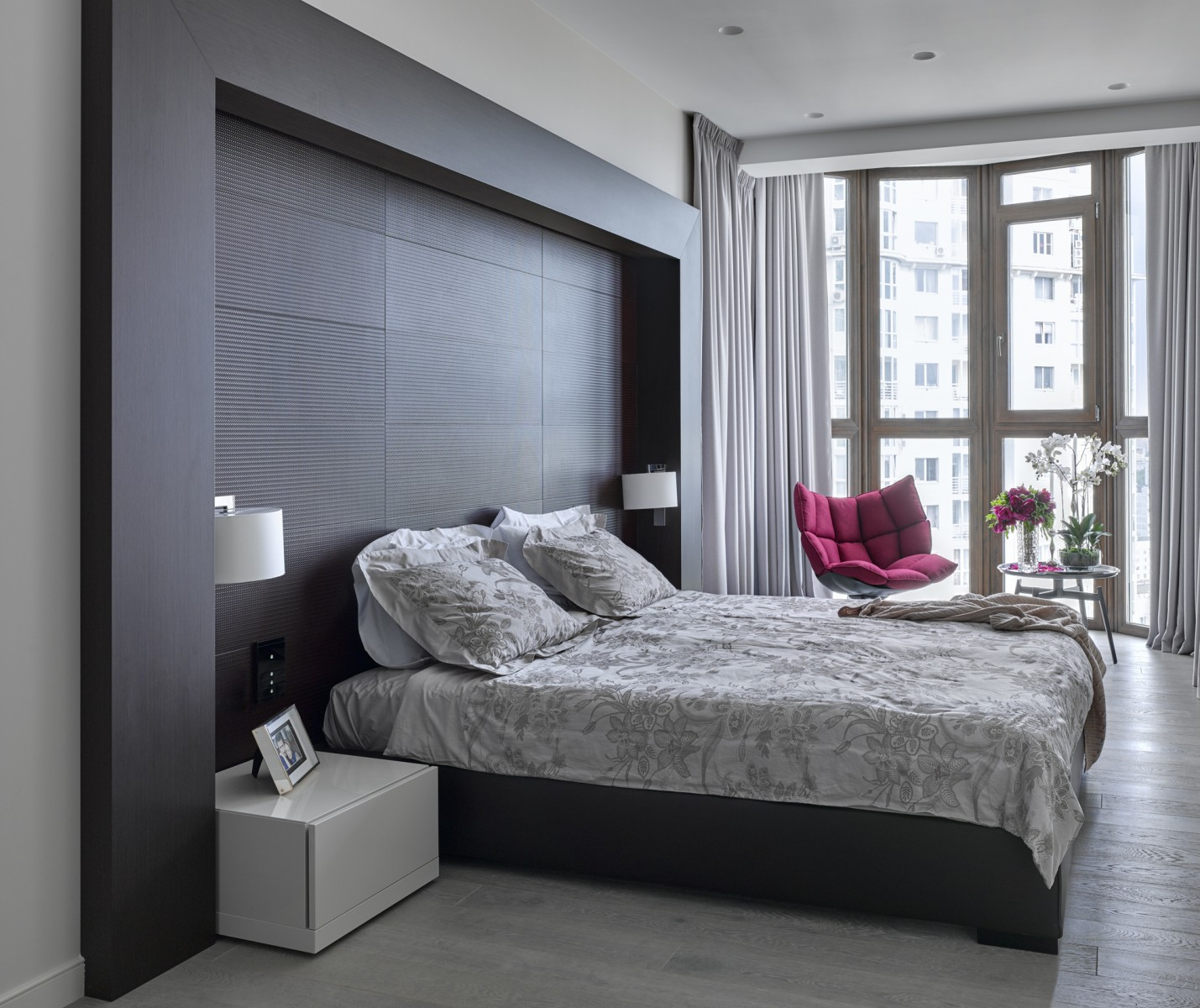 20 Small Bedroom Ideas That Will Leave You Speechless ... on Bedroom Ideas For Small Rooms  id=81050