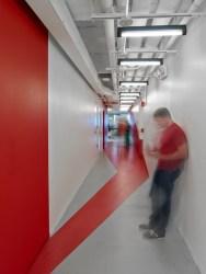 linkedin-nyc-mmoser-office-design-6-700x933