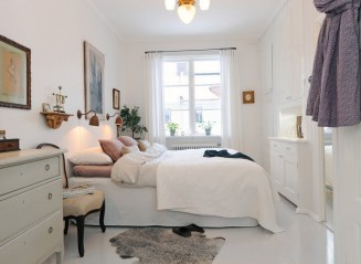 Small Bedroom Decorating Ideas With Cabinet