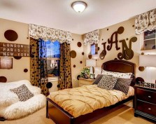 Matching Children's Room Polka Dot Bedroom With Initial Name
