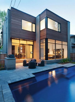 Contemporary Gallery Style Home