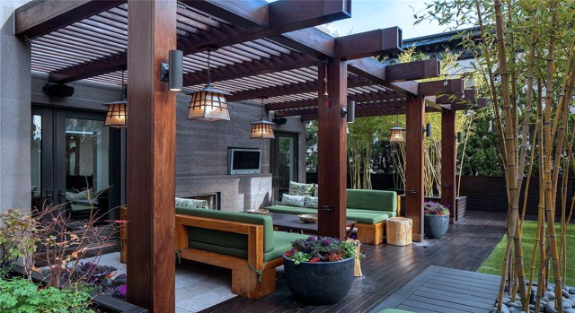 Large Wooden Furniture For Amazing Home Back Porch Design Ideas