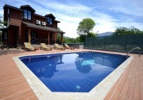 Luxury Wooden Villa With Swimming Pool In Oludeniz