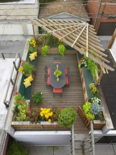 No More Than Three Colors for Make a Beautiful and Attractive Rooftop Garden
