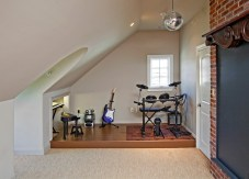Take Advantage of The Room Side for Private Music Studio at Home