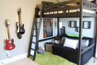Bedroom Ideas For Teenage Boys With Rock Star Themes (3)