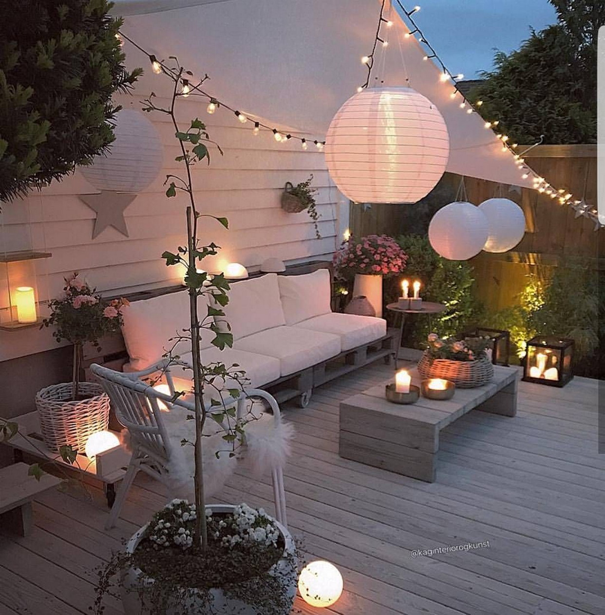 Light Furniture for Changing Terrace into Closed Living Room