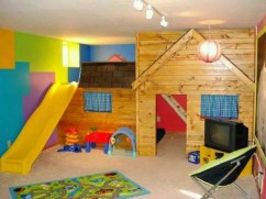 Playground for Utilization of Corner Space in the House