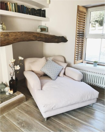 Ralaxing Bed In Home Decorations