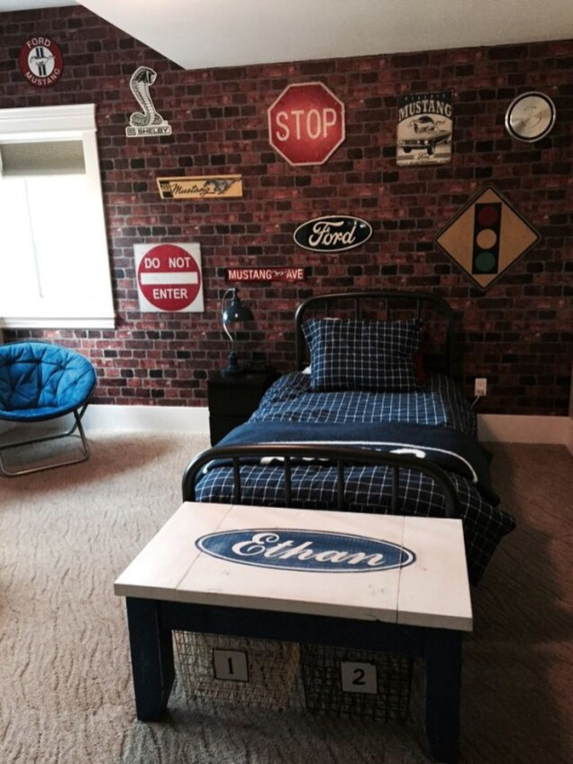 Small Bedroom Ideas For Teenage Boys With Brick Walls