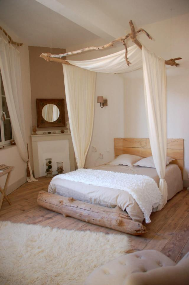 Vintage for Elegant Bedroom Inspiration with All-White Themes
