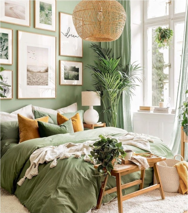 Natural Lightning And Pendant Green Bedroom Decorations