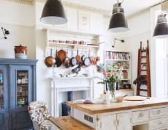 Vintage for Charming Small Kitchen Design