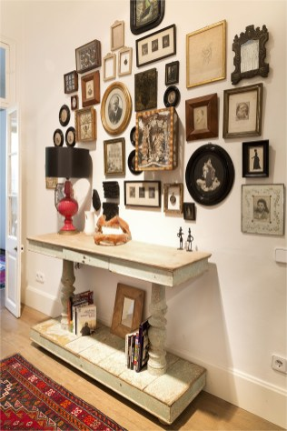 Antique Wall Gallery Ideas