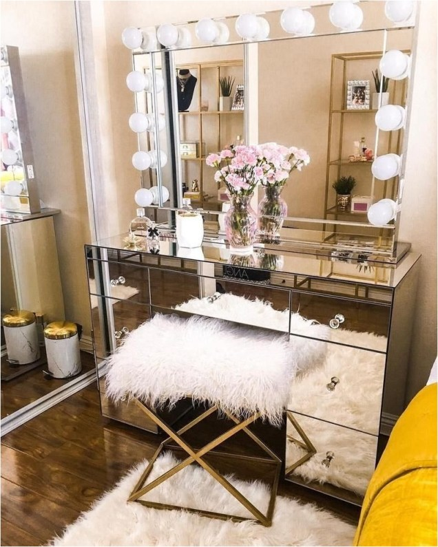 Dresser With Mirror And Light Ideas