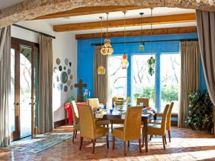 Traditional for Dining Room with All-Blue Theme