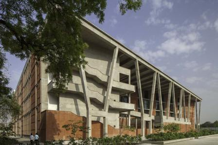 Institute of Engineering and Technology, Ahmedabad University-000