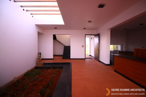 The D's Farm House by Deore Dhamne Architects, Nashik