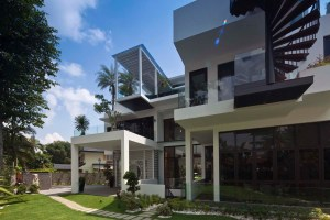 Saraca Road at Singapore by Aamer Architects