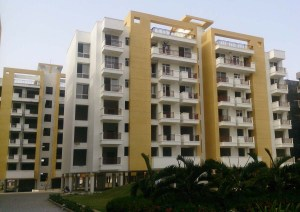 Belmonte Housing at Indore by Anuj Mehta Associates