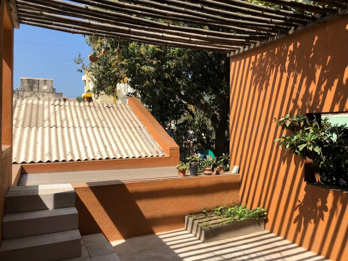 Iskilar, Residence at Pune, by Studio Anhad 9