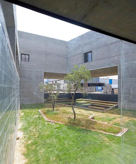 Concrete void (Vijay Transtech factory), at Bhiwandi, Maharashtra, by Sameep Padora and Associates 24