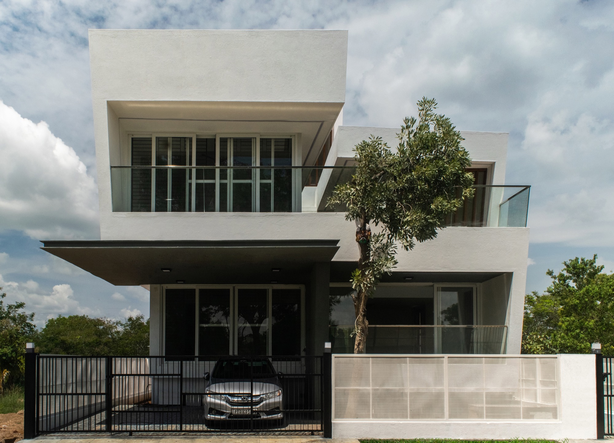 House in the Golf Course, Bengaluru, by Radical Architecture Design Consultants
