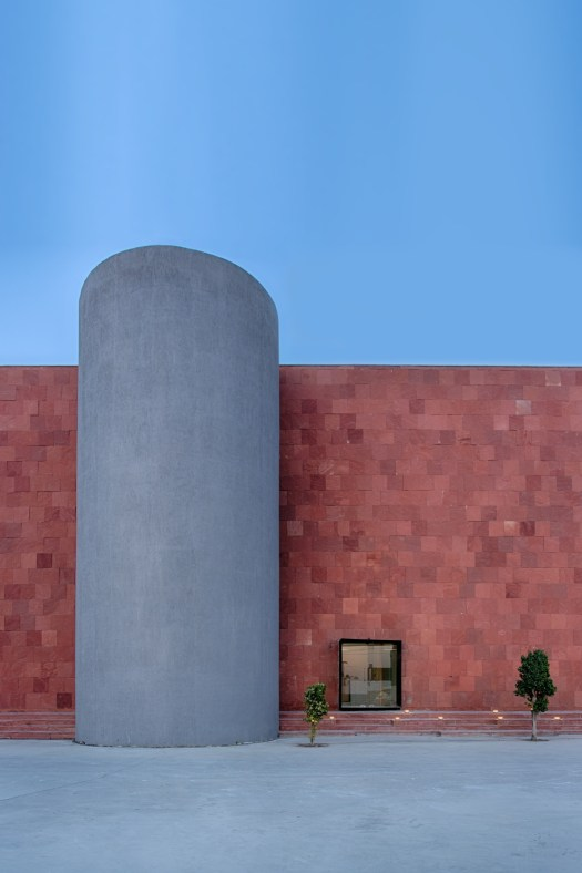 Zarko, office for ceramic tile manufacturing company at Morbi, Gujarat, by Bridge Studio 188