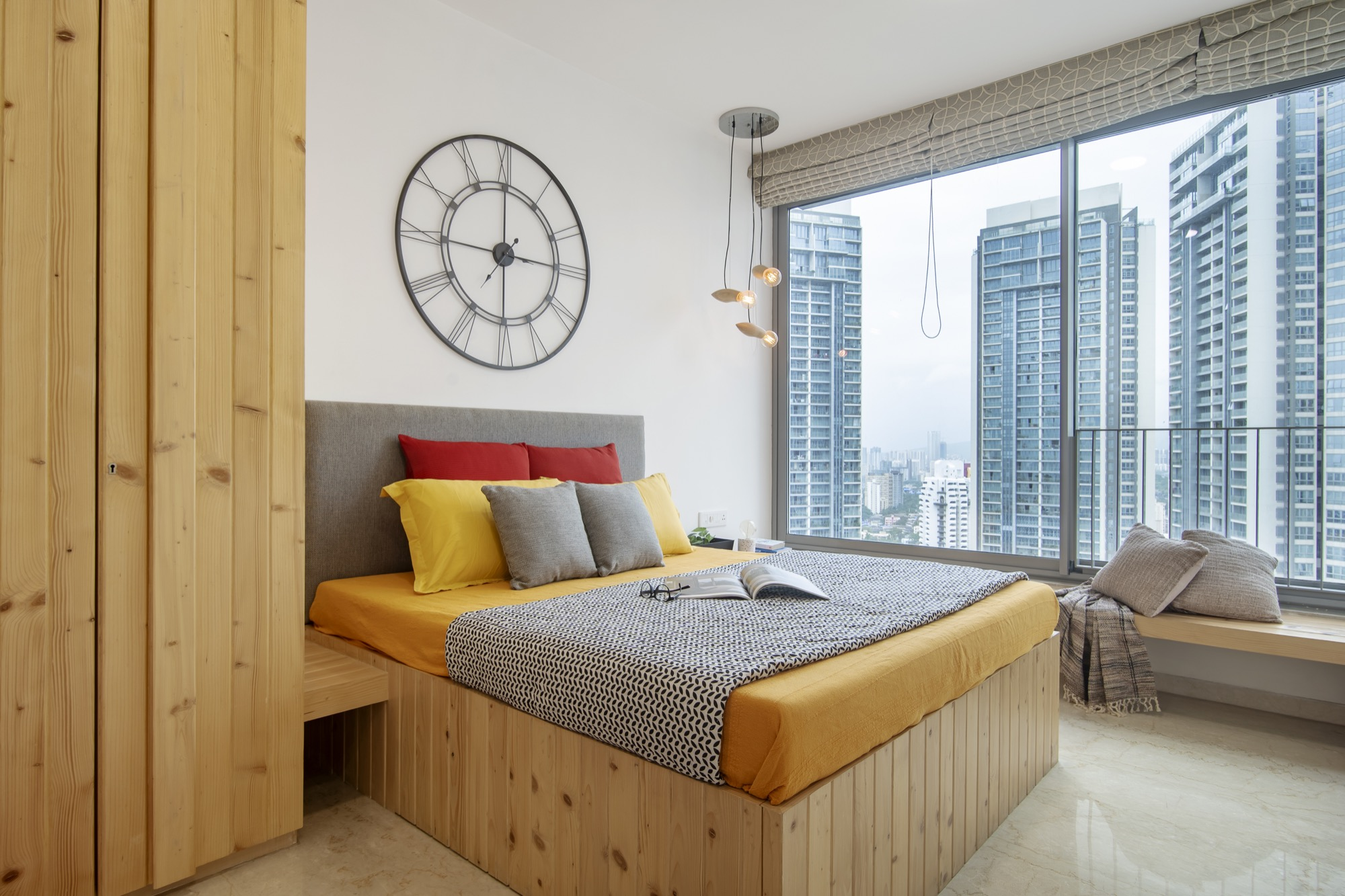 ESQUIRE: Interior Design for a residential Apartment at Mumbai, by Limehouse Design Studio 17