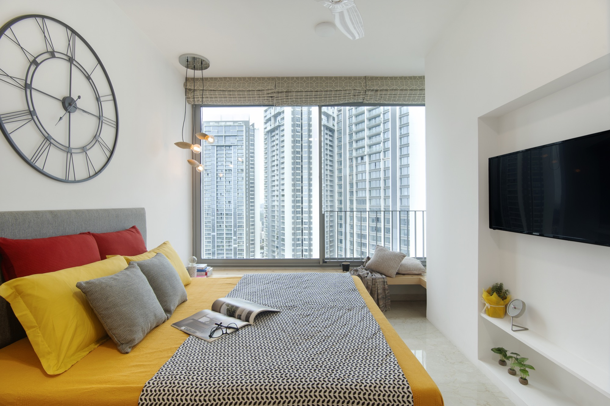 ESQUIRE: Interior Design for a residential Apartment at Mumbai, by Limehouse Design Studio 7