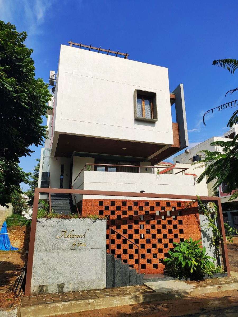House on The Sloping Road, at Bangalore, India, by 6mmdesigns 2